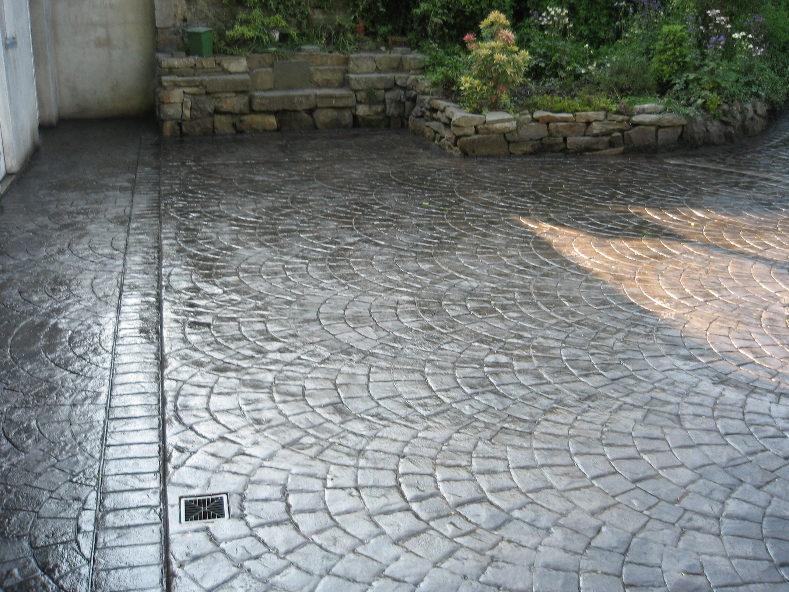 European Fan-Matcrete decorative concrete products ...